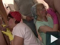 WC-s néni Privát Gang-Bang